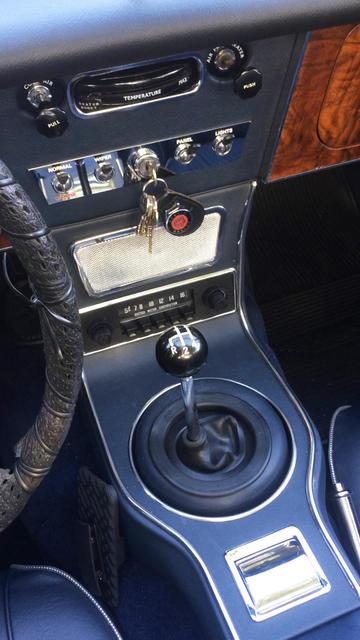 BJ8-Radio-L.jpg