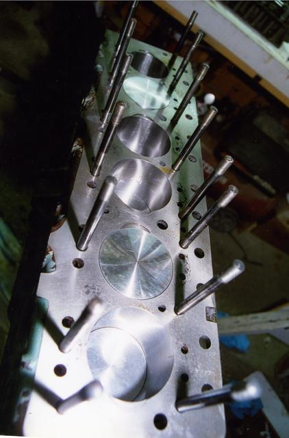 Engine-COSWORTH Pistons.jpg